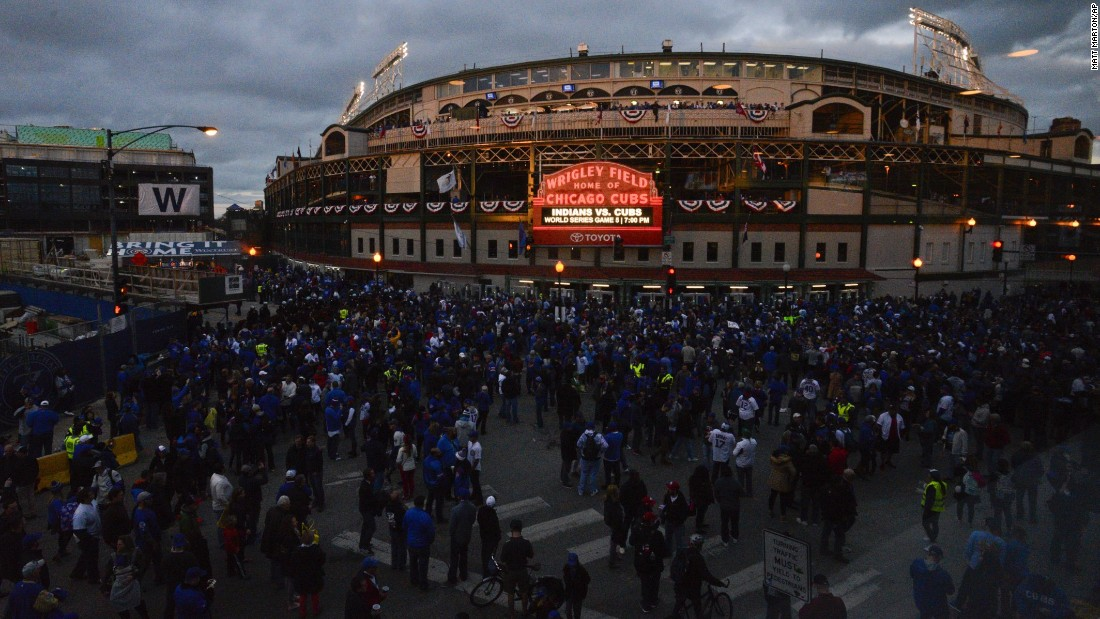 Chicago Cubs fans outside of Wrigley Field before Game 5.