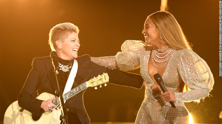 Best moments from CMA Awards 2016