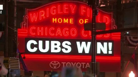 cubs win during young liveshot_00005529.jpg