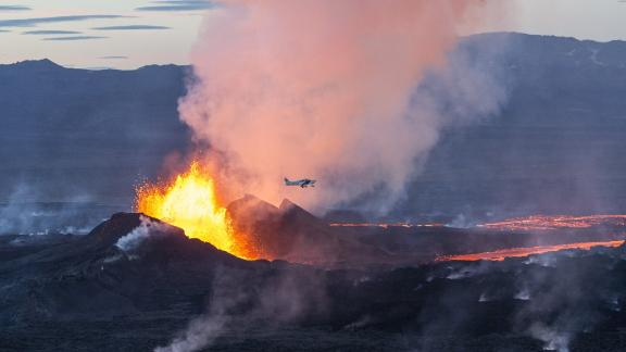A plane flies over the Bardarbunga volcano in southeast Iceland.