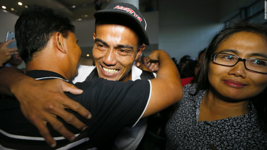 "Relatives welcome home Arnel Balbero, center, in Pasay, Philippines, on Friday, October 28. Balbero is one of 26 Asian sailors -- five from the Philippines -- <a href=""http://www.cnn.com/2016/10/26/africa/somali-pirates-released-survivor/index.html"" target=""_blank"">who were released by Somali pirates</a> after nearly five years in captivity."