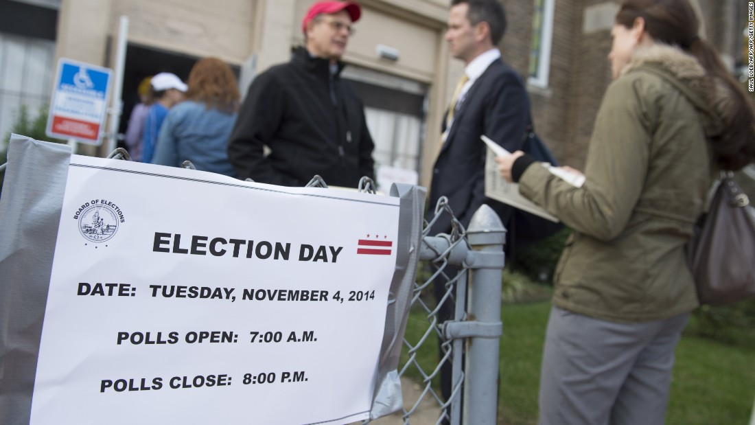 An organization bought billboards to remind voters of Election Day. The signs had the wrong dates.