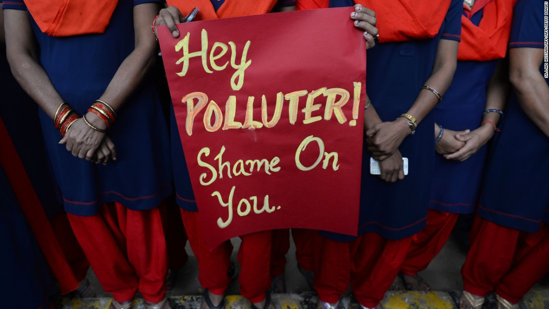 Schools in the Indian capital have been closed for the three days as the city struggles with one of the worst spells of air pollution in recent years.