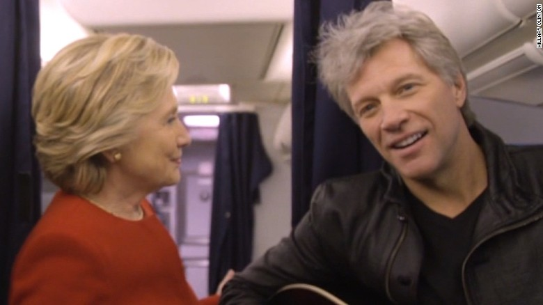 Clinton takes on mannequin challenge with guest star