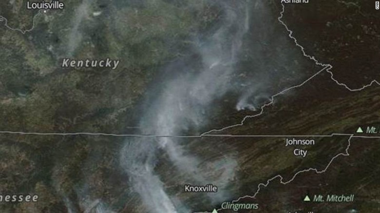 a nasa satellite image shows smoke from wildfires in kentucky north carolina tennessee and