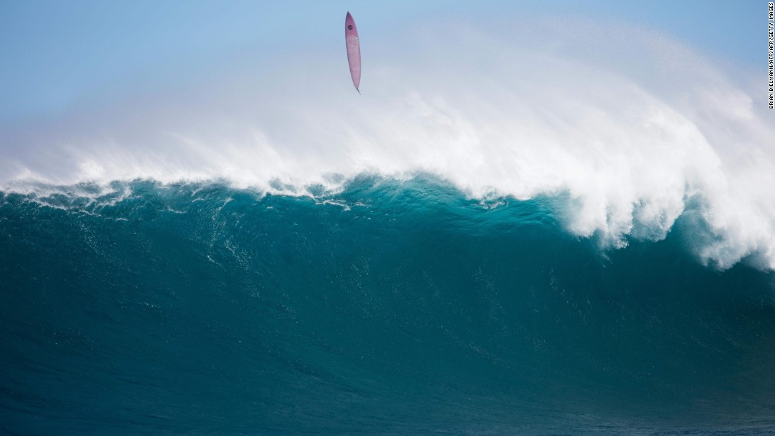 Big Wave Surfing Women Maui Cnn