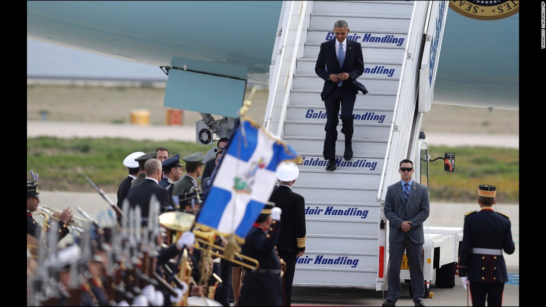 Obama arrives at Athens International Airport on November 15.