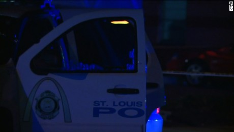 st louis officer shot
