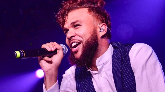 WASHINGTON DC - NOVEMBER 05: Jidenna Theodore Mobisson aka Jidenna performs during H.O.M.E. in DC with Martell Cognac at Union Market on November 5, 2016 in Washington, DC. (Photo by Kris Connor/Getty Images for Pernod Ricard)