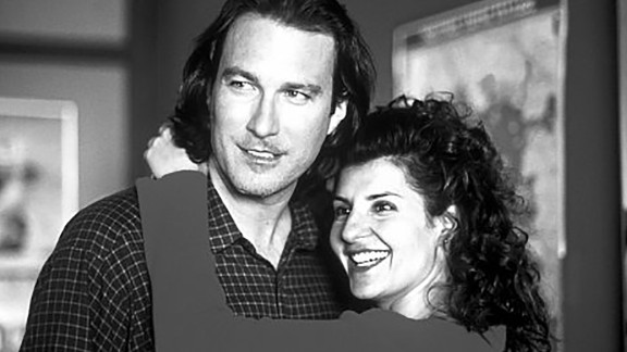 """""""My BIg Fat Greek Wedding"""" : John Corbett and Nia Vardalos find love amongst the backdrop of her zany, large family in this comedy. (HBO Now)"""