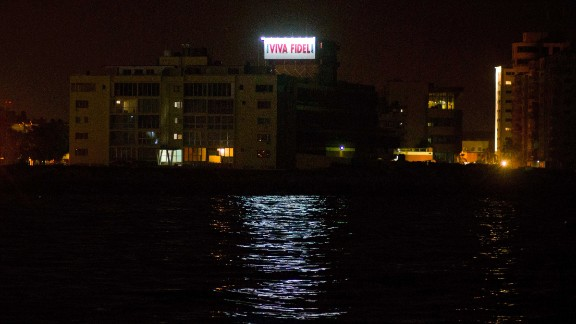 """A sign that reads, """"Long live Fidel,"""" stands on a government building in Havana early November 26."""