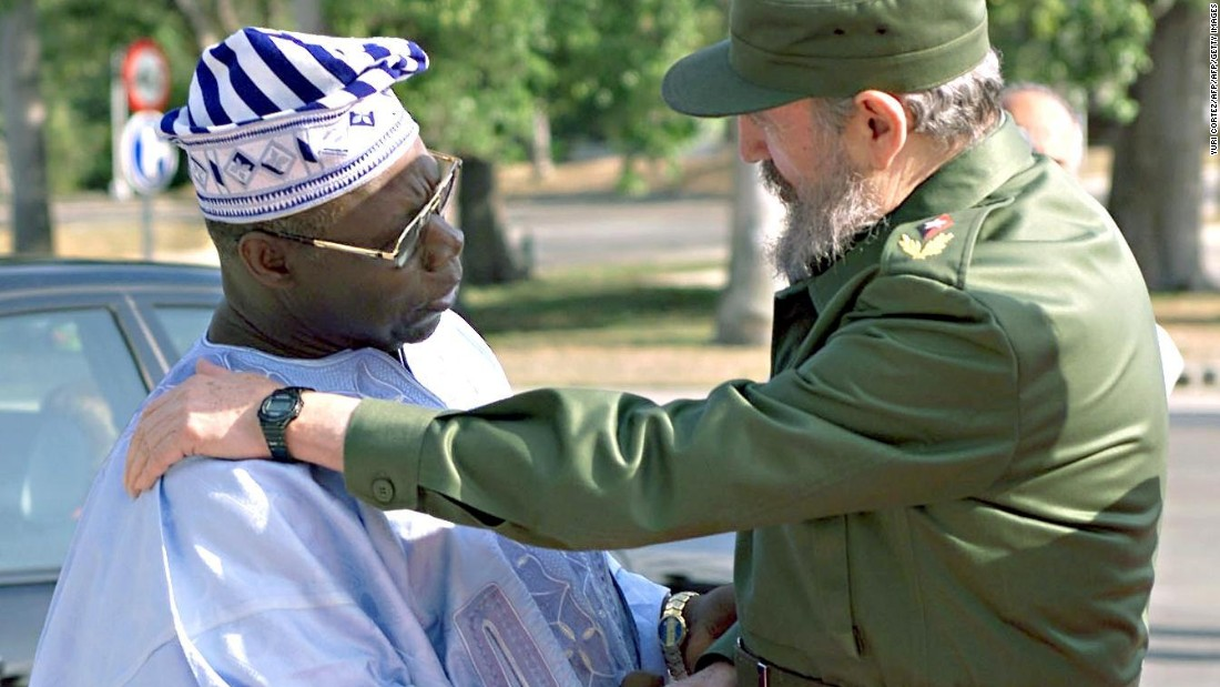 Former Nigerian President Olusegun Obasanjo is greeted by Castro at the Plaza de la Revolucion in Havana, April 10, 2000