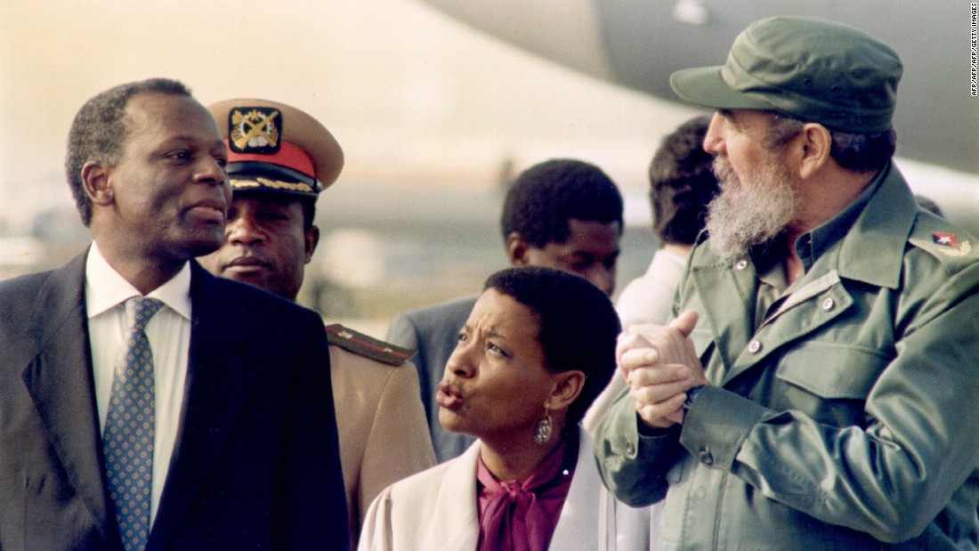 Castro receiving Angola's Jose Eduardo Dos Santos at the Jose Marti International Airport in Havana on 16th December 1988
