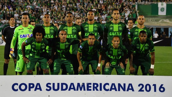 Chapecoense hoped to become the first Brazilian club to win the South American Cup final since 2008.