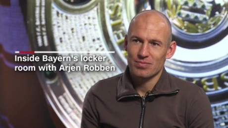 Inside Bayern's locker room with Arjen Robben