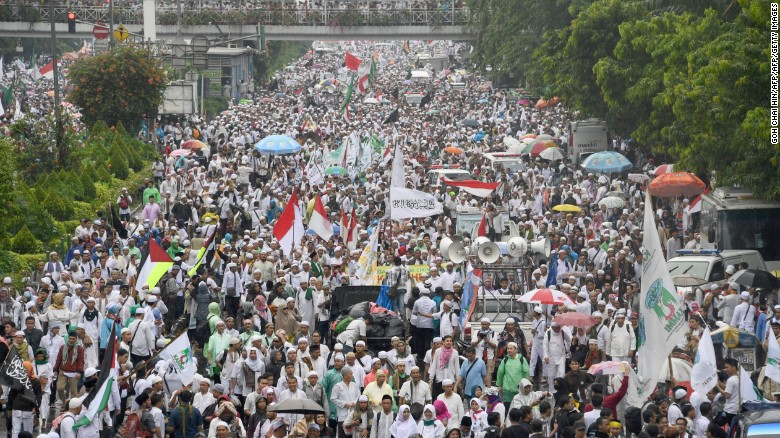 Image result for Indonesian Muslims, protest, jakarta, photos
