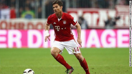 MUNICH, GERMANY - SEPTEMBER 21:  Xabi Alonso of Muenchen runs with the ball  during the Bundesliga match between Bayern Muenchen and Hertha BSC at Allianz Arena on September 21, 2016 in Munich, Germany.  (Photo by Alexander Hassenstein/Bongarts/Getty Images)