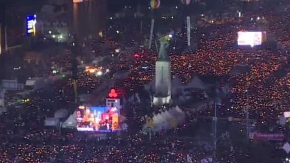 south korea park executives walker hancocks segment_00030604.jpg