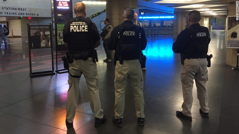 Los Angeles subway ups security after threat
