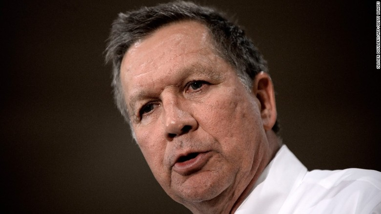 Kasich: Trump must unite country at AZ rally