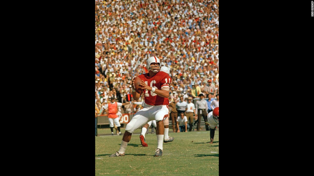 Stanford University quarterback Jim Plunkett plays in a game against the University of Southern California on November 10, 1970.
