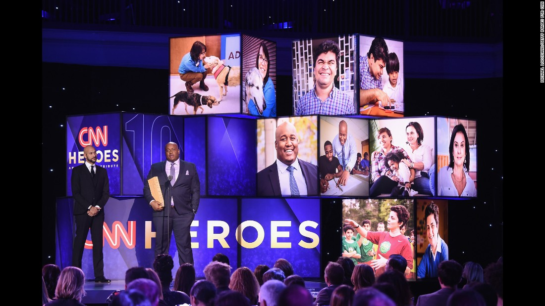 "CNN Hero Sheldon Smith of <a href=""http://www.cnn.com/2016/03/03/us/cnn-heroes-sheldon-smith-fatherhood-dovetail-project/index.html"" target=""_blank"">Dovetail Project </a>speaks onstage with actor Keegan-Michael Key, left, during Sunday's ""CNN Heroes: An All-Star Tribute."" Sheldon Smith started a Chicago nonprofit to help young dads become positive role models."