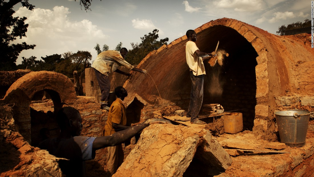The NGO has a market-based approach to proliferating the Nubian vault homes. It has trained over 500 masons and hundreds more apprentices who can respond to public demand and train a new generation.