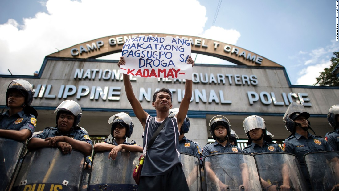 ICC prosecutor requests green light for probe into Philippines killings