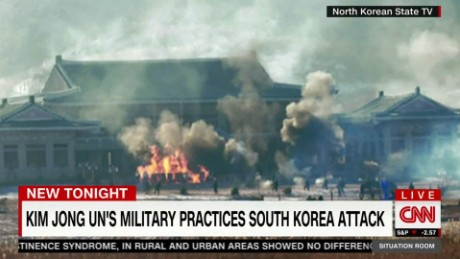 exp TSR.Todd.North.Korea.mock.attack.on.South.Korea.presidential.house_00001601
