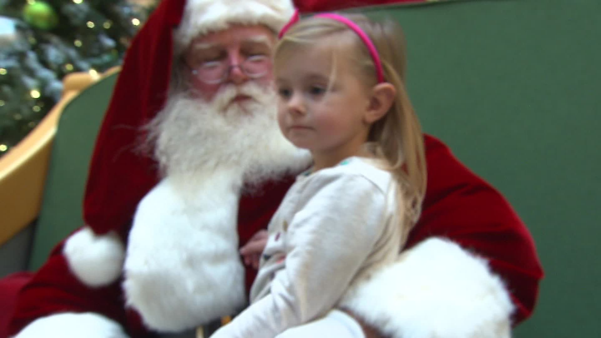 pastor to kids santa is a man in a suit cnn video - Kids Santa