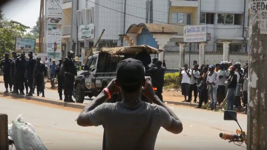 Amnesty: Cameroon soldiers executed women, children