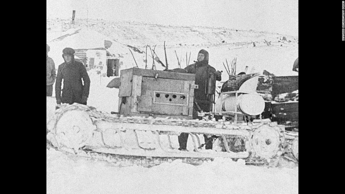Scott's team started the trip to the South Pole with ponies, dogs and motorized sledges. The motorized sledges broke down early in the trip. The ponies had to be put down, and the dogs were eventually sent back to the base camp.