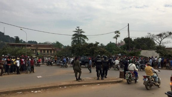 Demonstration on November 9 in the town of Kumba in Cameroon's anglophone Southwest province.