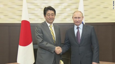 Abe, Putin seek stronger Japan-Russia ties