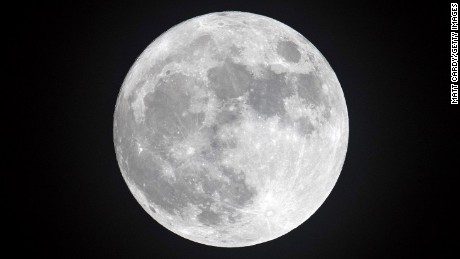 The 2017 supermoon is super sky show