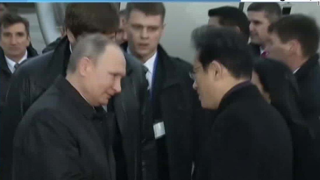 Russia and Japan move to improve relations Abe and Putin discuss