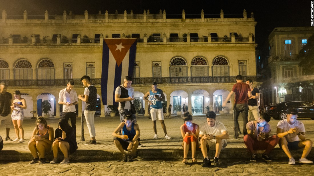 Cubans get internet on cellphones, but how many can afford it?