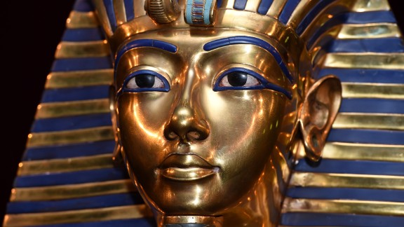 The burial mask of Egyptian Pharaoh Tutankhamun, whose tomb does not contain the hidden chambers theorized about, according to experts.