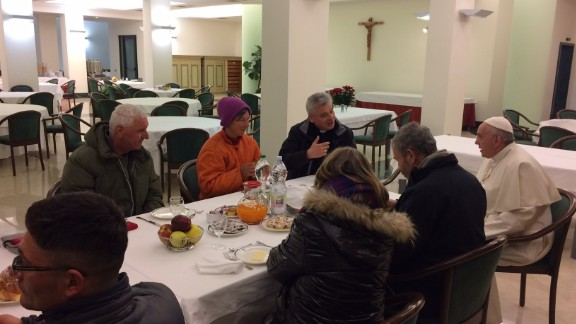 At 7.15am local time the Pope greeted guests in the dining room.