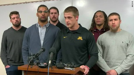 Minnesota football team ends boycott