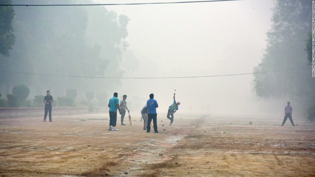 The idea for the mask came from Airinum's co-founder Alexander Hjertström whose childhood asthma returned when he went to study for an MBA in Ahmadabad. <br /><br />In this picture taken in Delhi, air pollution provides the backdrop for a game of street cricket. The World Health Organization rates the Indian capital's air pollution at more than 12 times the safe limits.