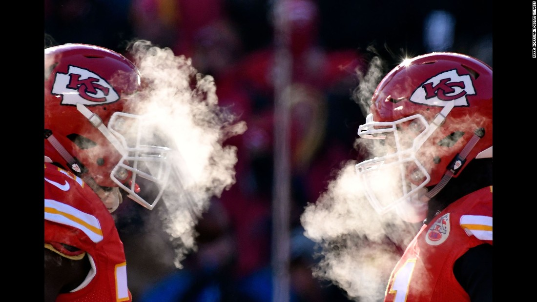 The temperature at kickoff was 1 degree Fahrenheit as the Kansas City Chiefs hosted the Tennessee Titans on Sunday, December 18.