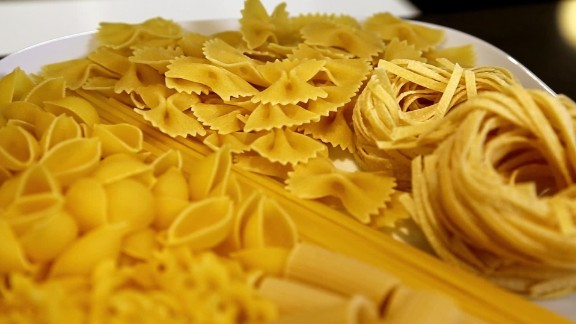 Nutritionists recommend eating pasta before an intense workout.