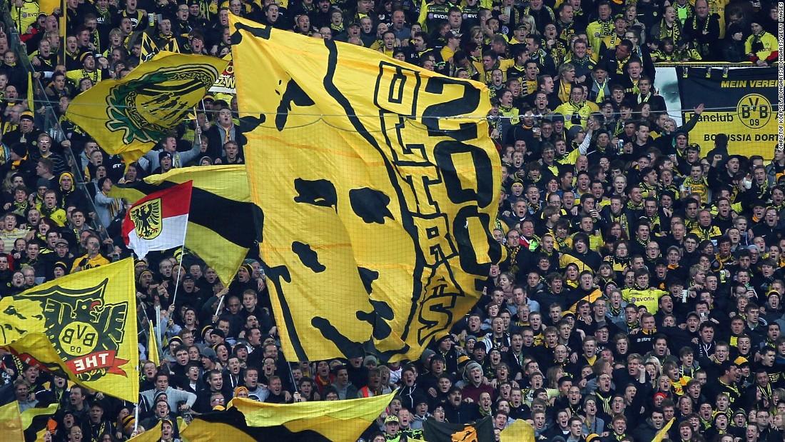 Borussia Dortmund How The Yellow Wall Boosts Soccer Stars Cnn