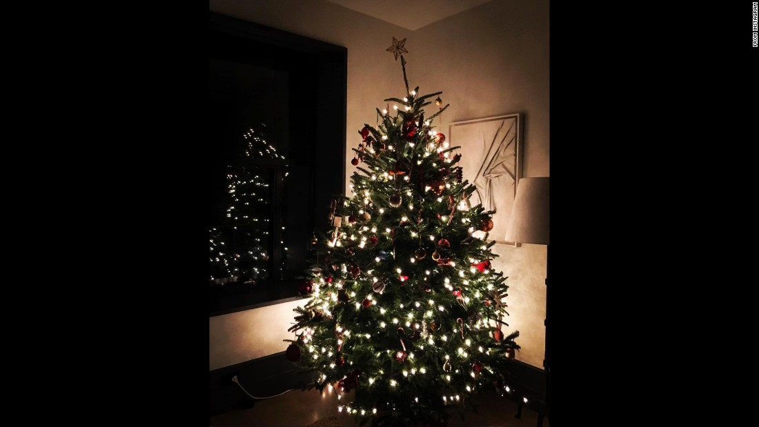 Naomi Watts shared a glimpse of her twinkling tree with the caption: ''Tis the season....""