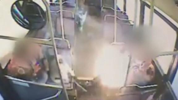 e-cig explodes bus dangers_00001426.jpg