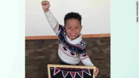 3-year-old's beaming adoption photo wins over Internet