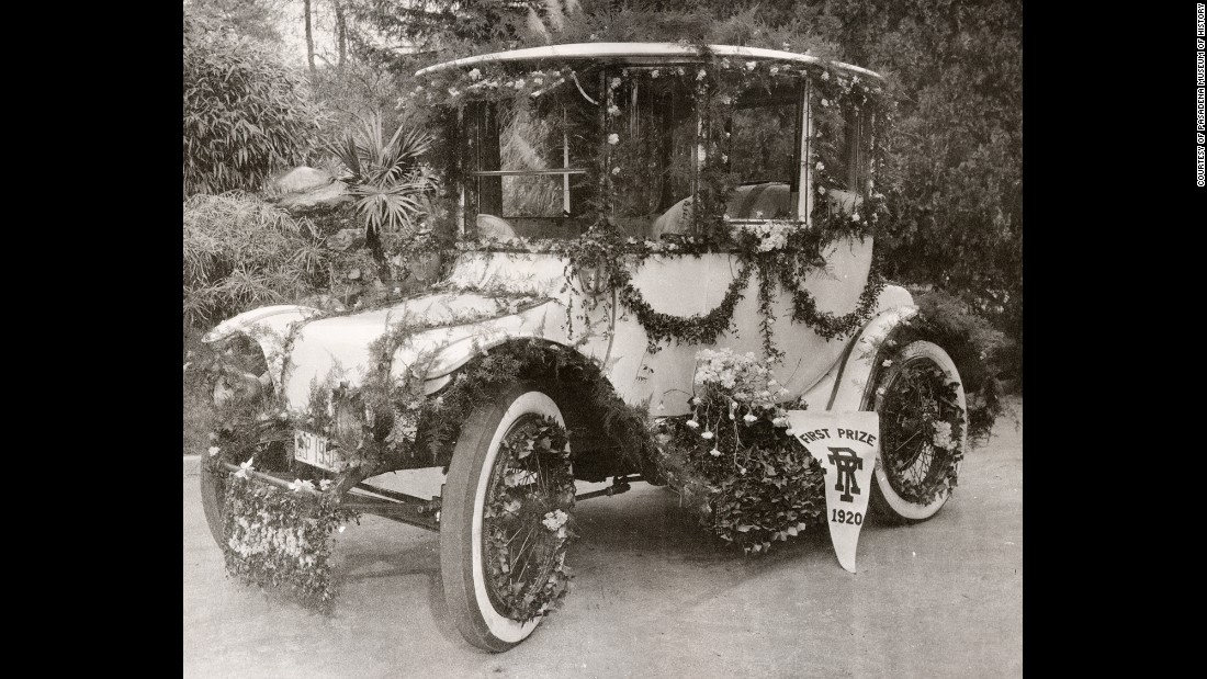 The year 1920 saw the end of horse-drawn carriages in the parade. The first-prize entry that year was awarded to the car in the photo above. While horses no longer pulled carriages and floats, they continued to be a mainstay of the parade and its events.