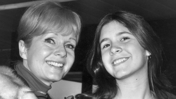 Reynolds with her daughter Carrie Fisher in 1972.