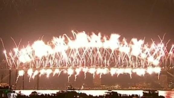 new year's celebrations around world nr paul savidge_00005803.jpg
